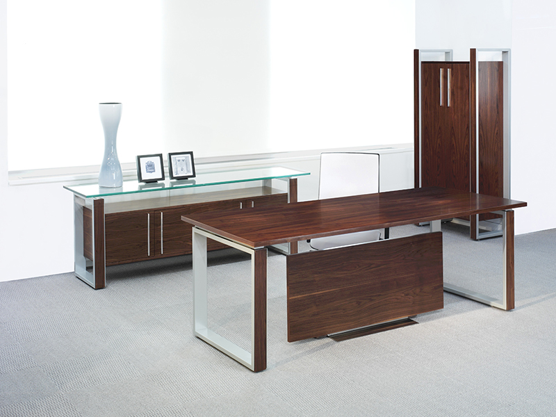 DESK AND PRIVATE OFFICE